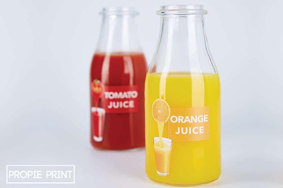 Wir bedrucken im Digitaldruck Glasflaschen für Orangensaft